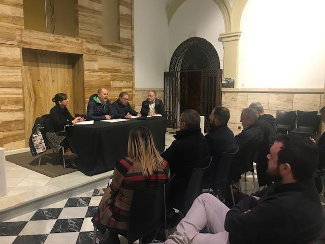 El Centro Cultural Las Clarisas ha acogido la reunión de la Mesa Patrimonio con el Mercado Central como único punto del día