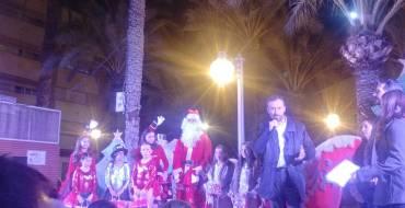 L'alcalde i el regidor de Festes van inaugurar la fira de Nadal