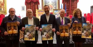 El Salón de Plenos acoge la presentación de los carteles de la Semana Santa y del Domingo de Ramos
