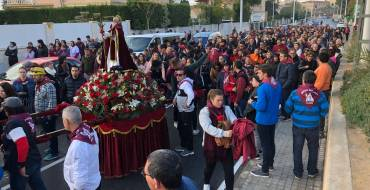 Multitudinaria Romería de San Antón en Elche