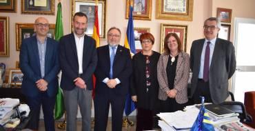 El alcalde de Elche preside en Alhaurín de la Torre la reunión del Consejo de Transparencia de la FEMP