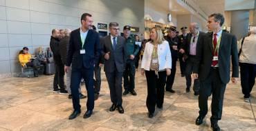 El delegado y la subdelegada del Gobierno en la Comunidad visitan los trabajos de mejora en el aeropuerto Alicante-Elche