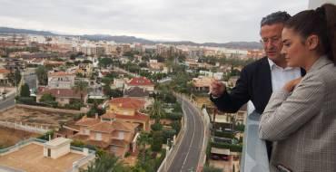 Visita del secretario autonómico de Vivienda, Lluís Ferrando, a los ARRU de San Antón y Palmerales