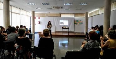 La pedanía de Valverde, acoge el taller «#HerStory. Relatos de abuelas», que pone en marcha la Concejalía de Igualdad