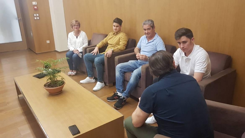 Recepción en el Ayuntamiento al jugador de tenis de mesa Raúl Moreno