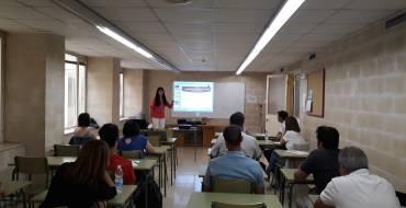 Funcionariado del Ayuntamiento de Elche inicia un curso para la formación, prevención y actuación en el ámbito local de la trata de mujeres y niñas con fines de explotación sexual