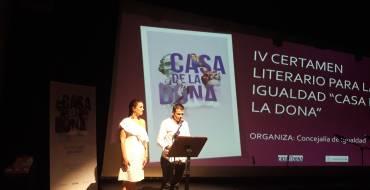 Entrega de premios del IV Certamen literario para la igualdad «Casa de la Dona»