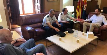 El alcalde recibe al comisario de Policía con motivo de su nuevo destino