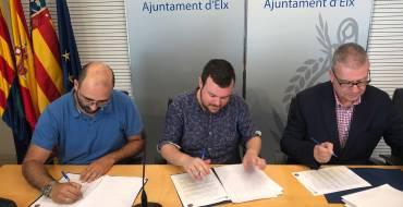 El Ayuntamiento renueva el convenio de colaboración con la Comunidad de Regantes de Carrizales