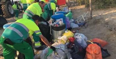 Las playas ilicitanas recuperan la normalidad tras la noche de San Juan gracias al operativo especial de limpieza y a la colaboración ciudadana