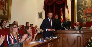 Carlos González toma posesión como alcalde de la XI legislatura democrática del Ayuntamiento de Elche