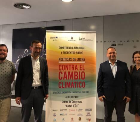 El alcalde y el conseller de Vivienda acuerdan intensificar la colaboración para avanzar en la regeneración del barrio de San Antón y en la candidatura Elche Capital Verde 2030