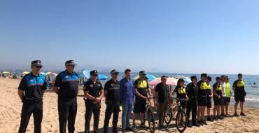 Un total de 40 agentes velarán hasta el 8 de septiembre por mejorar la seguridad en las playas ilicitanas