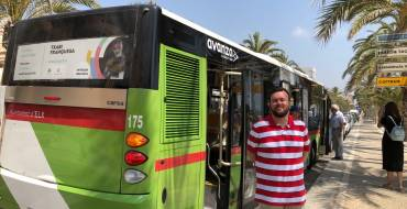 El Ayuntamiento refuerza el servicio de bus a las playas de Elche