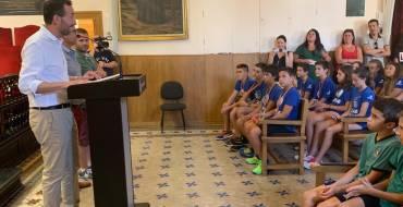 Recepción en el Salón de Plenos al equipo alevín masculino del CV Elche-Granadas Elche