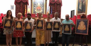 """La Asociación Pobladores presenta en el salón de plenos su cartel y  el nuevo cargo """"Dama de Heliké"""""""