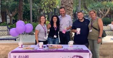 El alcalde y el concejal de Igualdad apoyan la cuestación de AFAE en el Día Mundial del Alzheimer