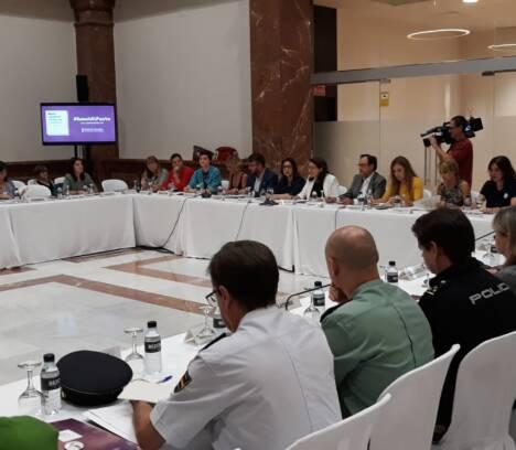 Elche reafirma su compromiso con el Pacto Valenciano contra la Violencia de Género y Machista