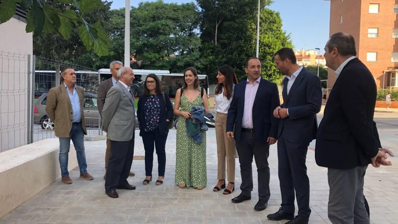 L'alcalde i el conseller d'Habitatge assisteixen a l'inici de les obres del tercer bloc de Sant Antoni