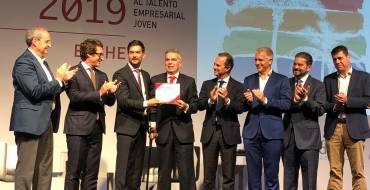 Un laboratorio de prótesis dentales de Elda gana el premio JOVEMPA al talento empresarial joven en su XXV edición