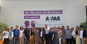 El Equipo de Gobierno municipal apoya a AFAE en su jornada de lucha contra el alzheimer