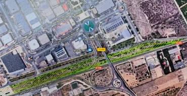 La concejalía de Parques y Jardines renueva el ajardinamiento de la fachada del Parque Empresarial y crea una zona de recreo