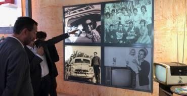 El alcalde y miembros del equipo de Gobierno asisten a las Jornadas de puertas abiertas del Museo Escolar de Pusol para inaugurar su nueva sala de exposiciones