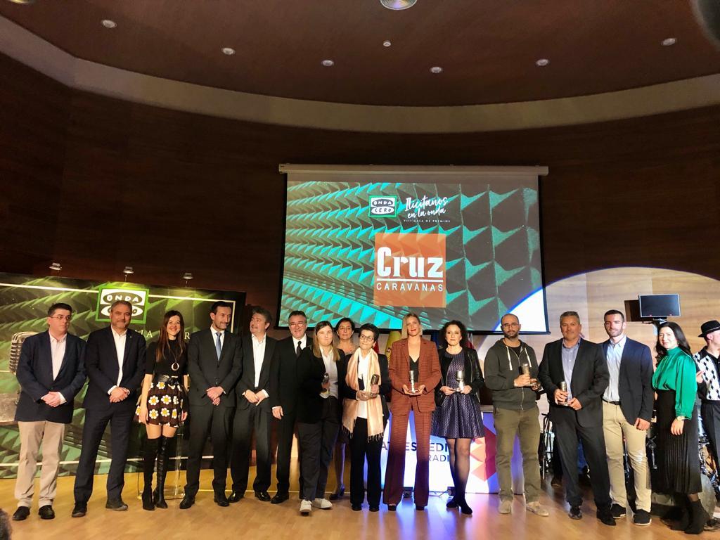 L'alcalde i membres de l'Equip de Govern assisteixen a la huitena edició dels 'Premis Il·licitans en l'Onda'