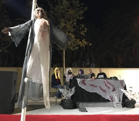 Más de medio millar de jóvenes participan en las actividades programadas durante la festividad de Halloween