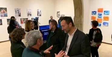 La Llotja Medieval acoge una exposición de pintura y fotografía realizada por los usuarios de AFAE y artistas locales