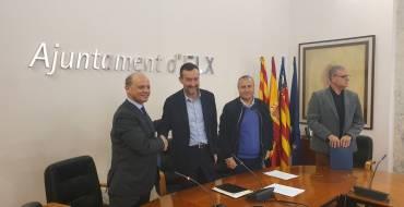 El Ayuntamiento firma un convenio con el Elche C.F para la utilización de instalaciones deportivas municipales