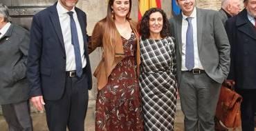 El alcalde asiste a la toma de posesión de Tudi Torró como académica de la AVL