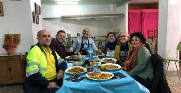 Mariano Valera visita el comedor social Al-Taufik en Carrús