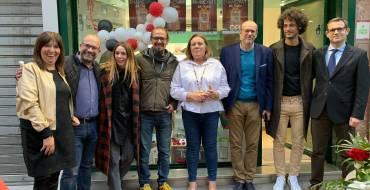 El sorteo de regalos culmina la campaña de San Valentín de los comerciantes del Centro