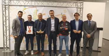 El Ayuntamiento de Elche reconoce y agradece la labor de los 45 colaboradores que hacen posible la Media Maratón