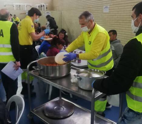 El Ayuntamiento agradece a los trabajadores de Aigües d'Elx la donación de 5.500 euros para ayudas de emergencia