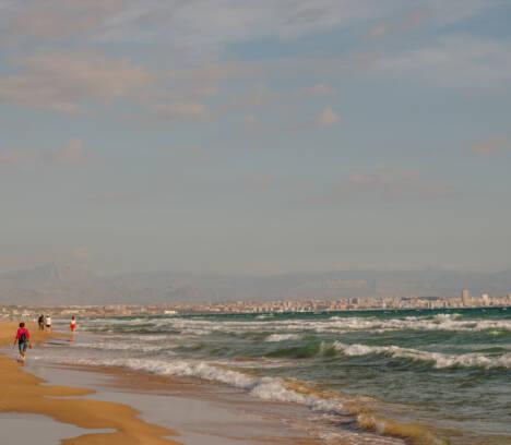 Prohibido el acceso a las playas como medida preventiva ante el coronavirus