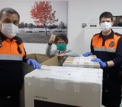 La concejalía de Sanidad coordina acciones a través de Protección Civil para repartir pantallas protectoras de impresión 3D en los hospitales de Elche