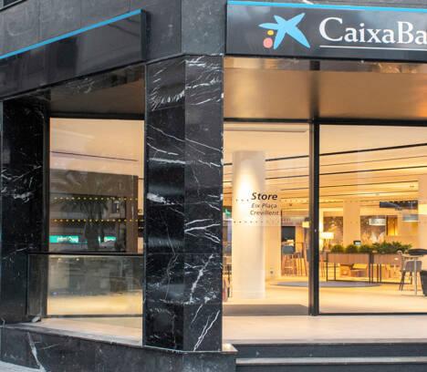 """El Ayuntamiento recibe una ayuda de 14.000 euros de CaixaBank para su proyecto """"Que nadie se quede atrás"""""""