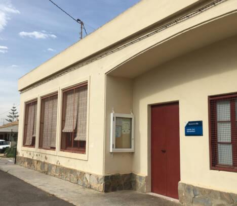 El Ayuntamiento dice que la ley impide que las pedanías ilicitanas pueden tener libertad en las franjas horarias