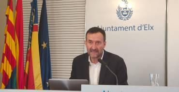 """Carlos González: """"Los grandes ayuntamientos tenemos que tener un papel relevante en el proceso de reconstrucción económica y social"""""""