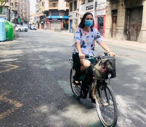 El Ayuntamiento espera que los nuevos carriles bici provisionales estén operativos durante el verano