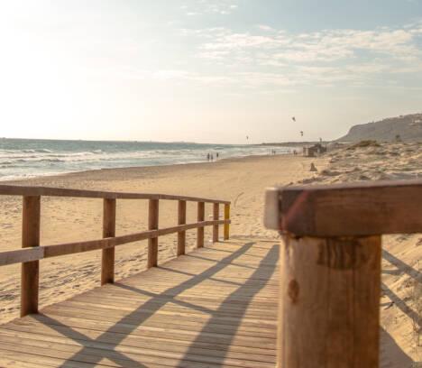 El Ayuntamiento de Elche desautoriza el acceso a sus playas en la Noche de San Juan por la pandemia de la covid-19 y para evitar aglomeraciones