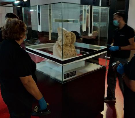 La réplica de la Dama de Elche ya está en el MAHE tras regresar de Irán donde ha estado expuesta en los últimos meses