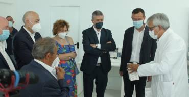 La empresa ilicitana Prosafe Plus fabrica hasta 180.000 mascarillas quirúrgicas diarias en Elche Parque Empresarial