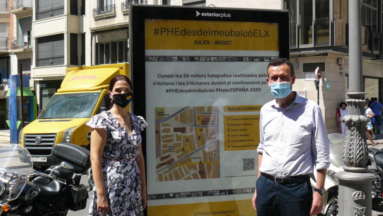 Las imágenes del proyecto #PHEdesdemibalcón convierten las calles y plazas del centro en un museo al aire libre