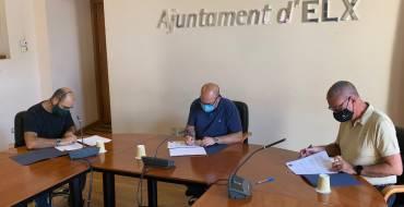 El Ayuntamiento renueva su compromiso con la Comunidad de Regantes de Carrizales