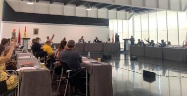 El Pleno saca adelante la adhesión del Ayuntamiento al Real Decreto del Gobierno para el uso de los fondos municipales