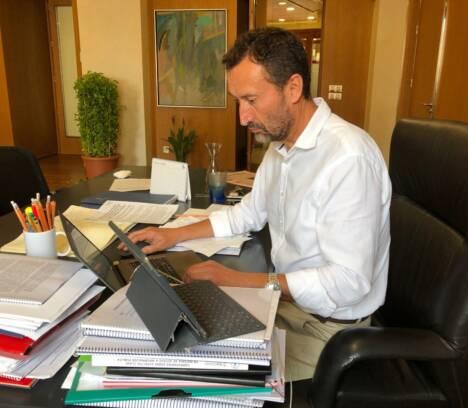 Carlos González reivindica que los Presupuestos del Estado incluyan la Ronda Sur, el AVE y la red de Cercanías