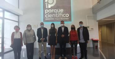 """Carlos González: """"el Parc Científic és una fàbrica d'activitats que contribueix tant a la innovació com a la diversificació econòmica d'Elx"""""""